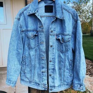 Levi's Denim Trucker Jacket x Urban Outfitters